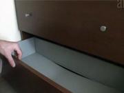 Jak zpevnit zásuvky komody
