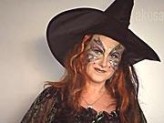 Čarodějnice - jak si připravit masku čarodějky