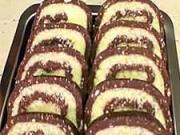 Medová roláda - recept na piškotovou roládu s medem a čokoládou
